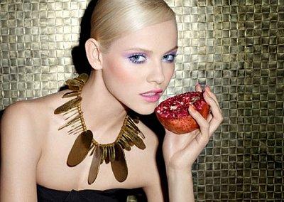 Модный макияж весна 2012 от Yves Saint Laurent