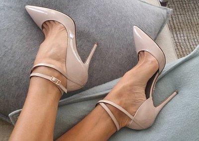 Бежевые туфли на каблуке - must have гардероба