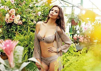 Эмили Ратажковски в рекламе нижнего белья Yamamay весна-лето 2015