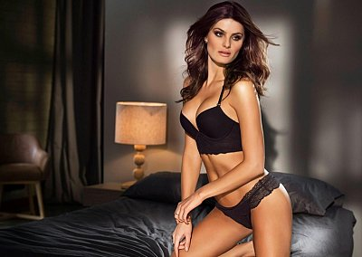 Изабели Фонтана в рекламе нижнего белья Leonisa