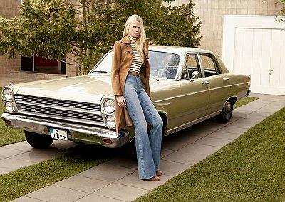 Лара Стоун в рекламной кампании H&M осень 2015