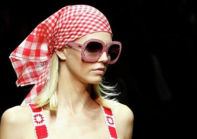 Платок - модный тренд сезона весна-лето 2011