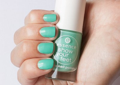 Лак для ногтей essence 29 mint & cream