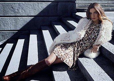 Андреа Диакону в зимнем лукбуке H&M