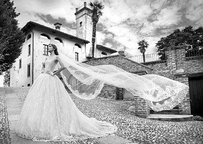 Коллекция свадебных платьев Alessandra Rinaudo 2015