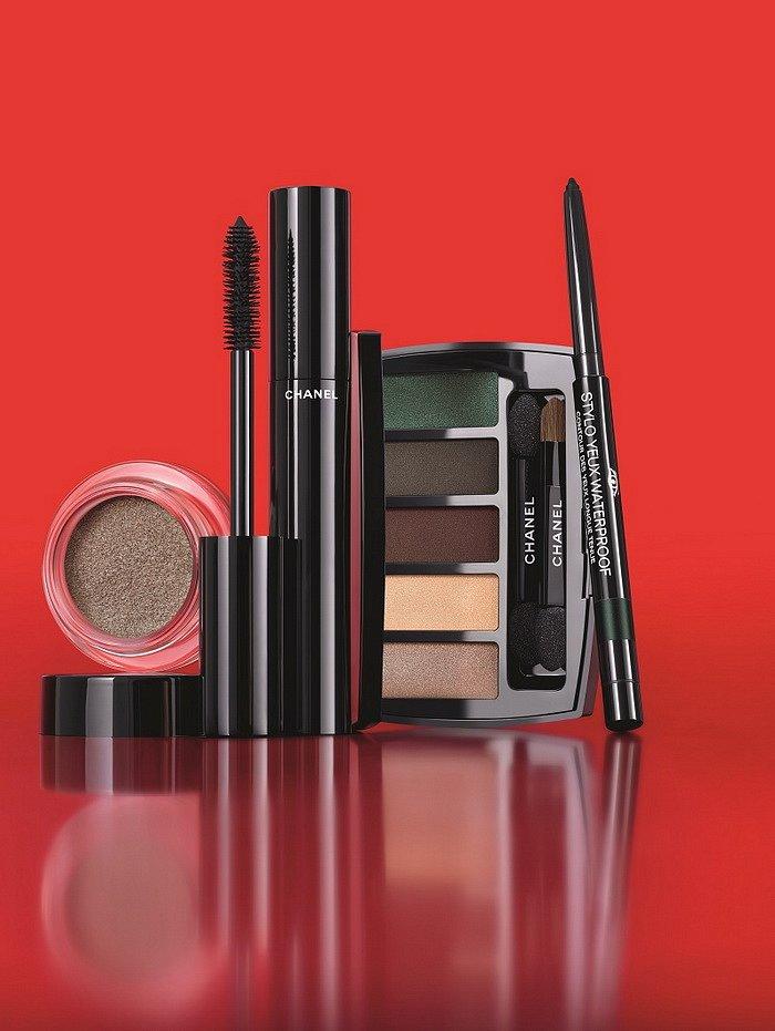 Рождественская коллекция макияжа Chanel Libre Numeros Rouge 2017 фото №3