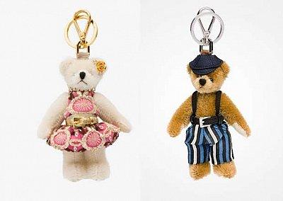 Праздничная коллекция аксессуаров Prada Bear Charms for Holiday